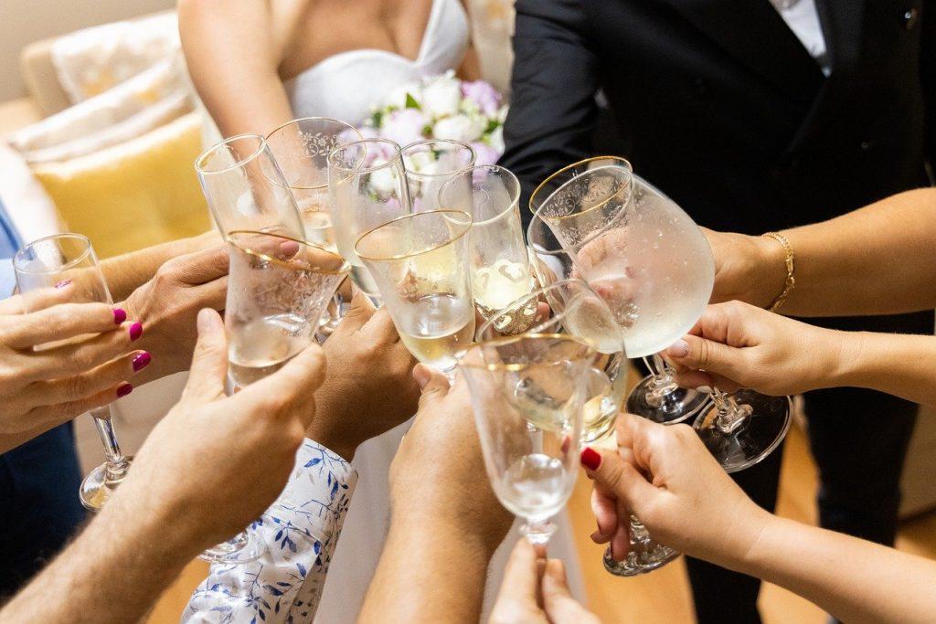 wine, glass, toast-6364070.jpg